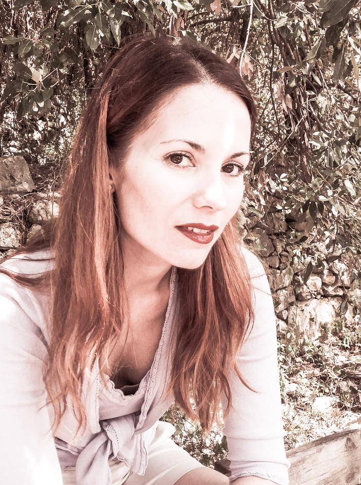 Mysterious Writer: Marta Leandra Mandelli