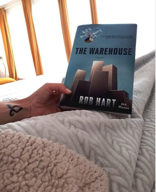 """Recensione: """"The Warehouse"""" di Rob Hart"""
